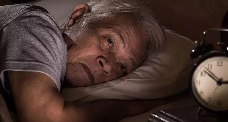 Mất ngủ ở người già