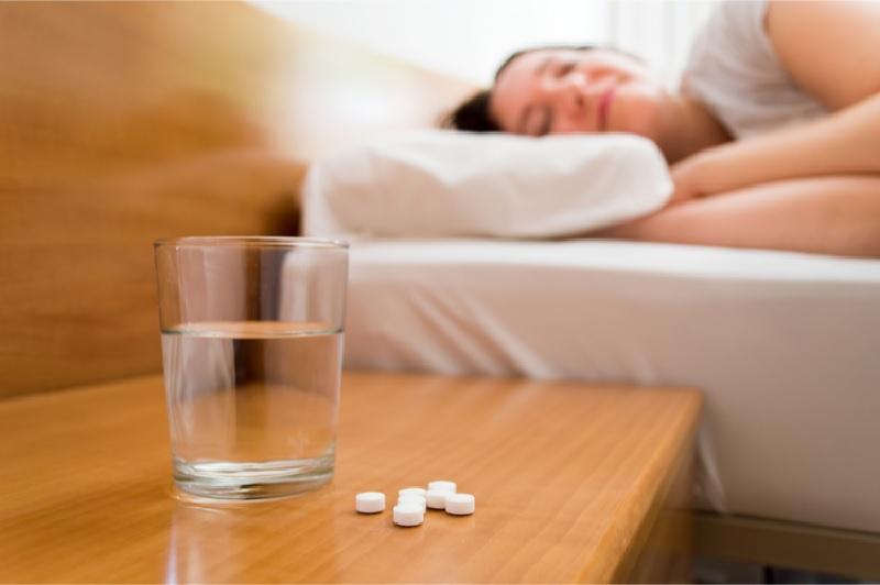Uống thuốc ngủ có tốt không